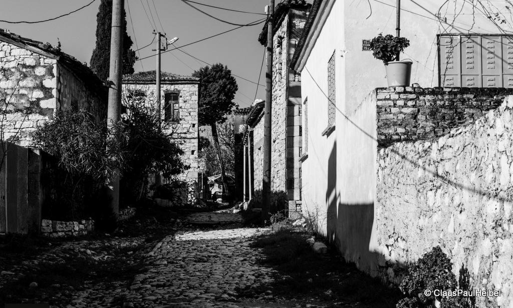 Akköy sokakları
